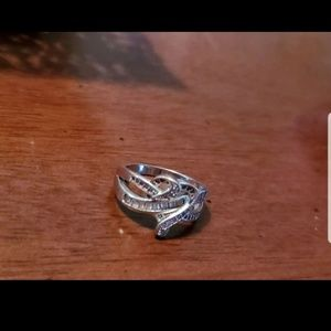 Sterling Jewelry - SS Diamond Heart Knot Ring